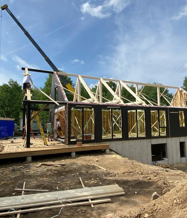 CONSTRUCTION NEIMAR HOUSE